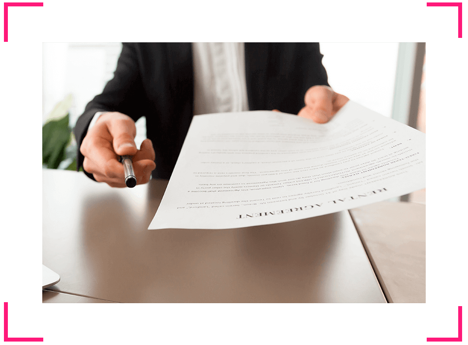 Imágen firma de contrato